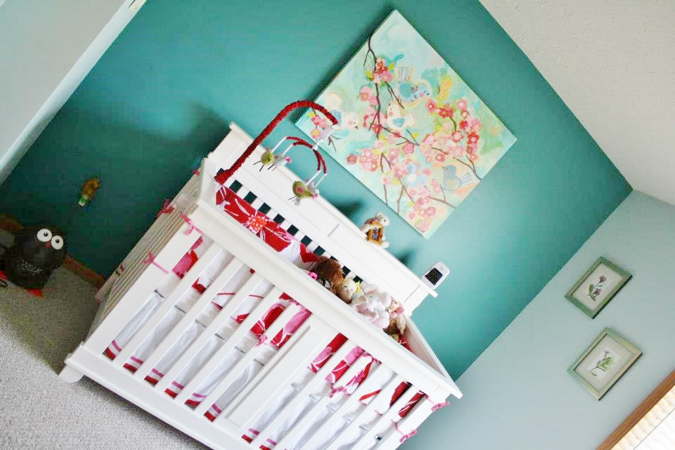 red nursery decor ideas
