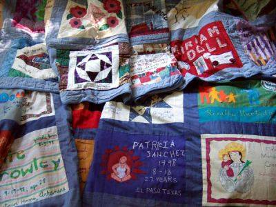 Safe Motherhood Quilt Project for US  maternal deaths
