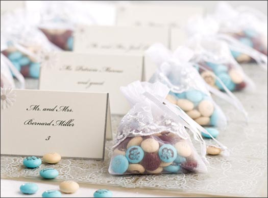 Wedding Gift Bag Ideas For Your Guests: Personalized Wedding Favors